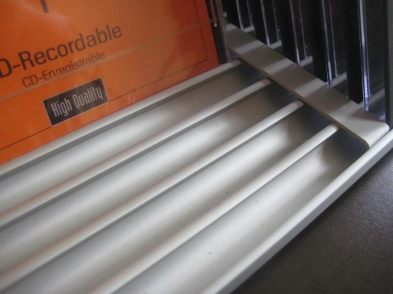cd aufbewahrung cd bl tter flip f r 33 cds mit seitenteil. Black Bedroom Furniture Sets. Home Design Ideas