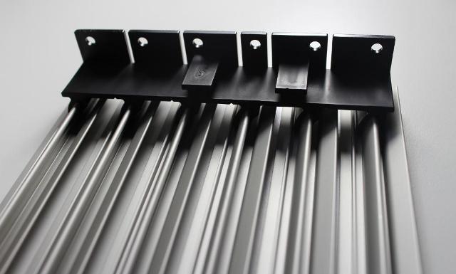 lamellengitter aus aluminium inox. Black Bedroom Furniture Sets. Home Design Ideas