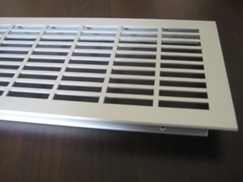l ftungsgitter lochblech aluminium silber 900 x110 mm. Black Bedroom Furniture Sets. Home Design Ideas